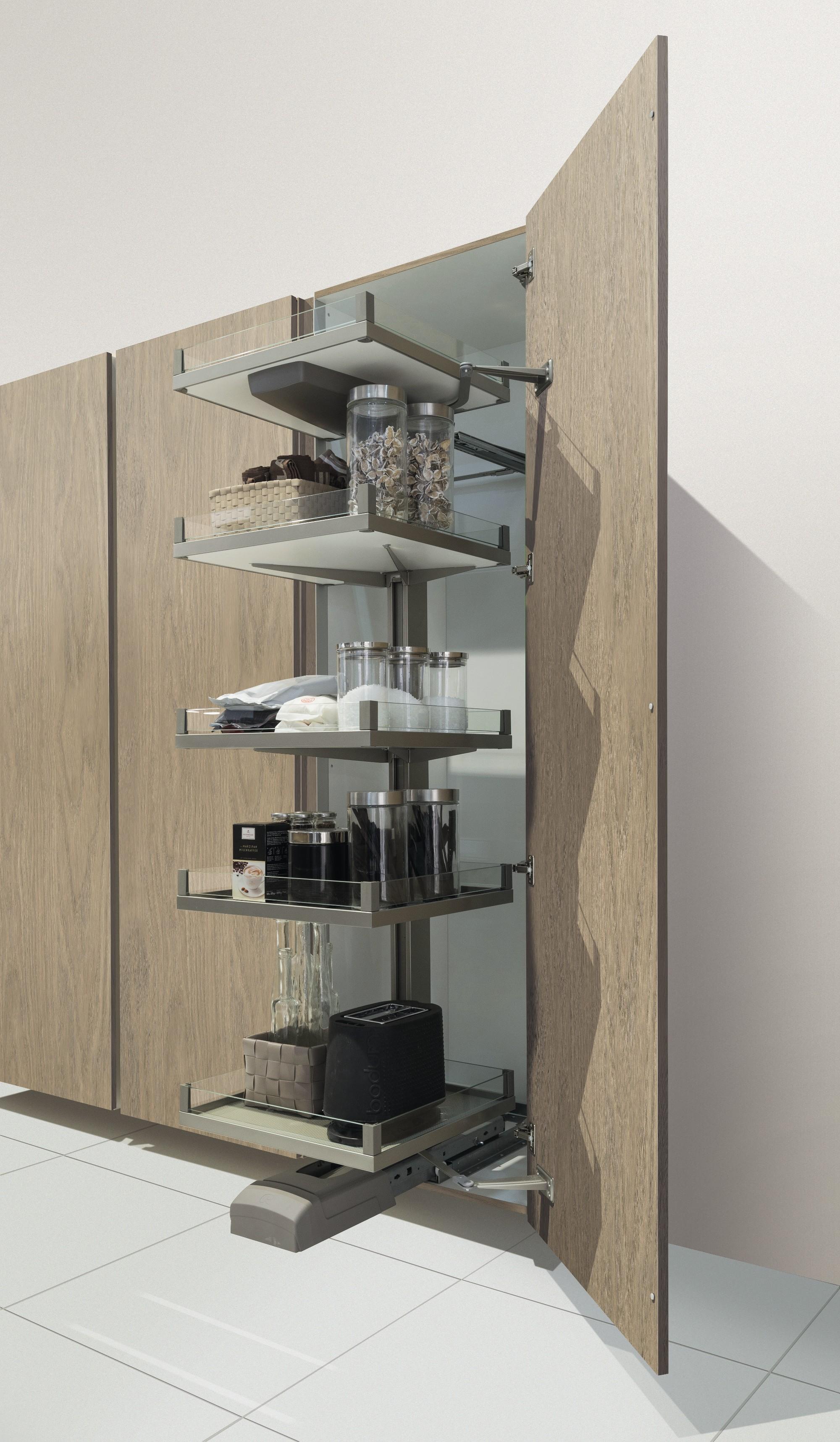 Larder Unit Tower Shelves 600mm Width