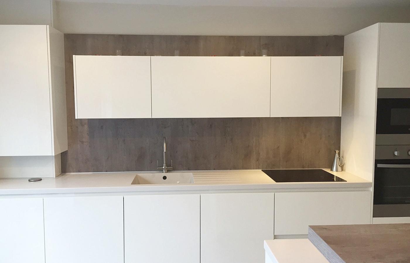 Y - Line LK White High Gloss Kitchen