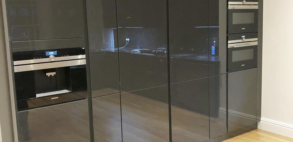 Organic Glass dark grey Gloss